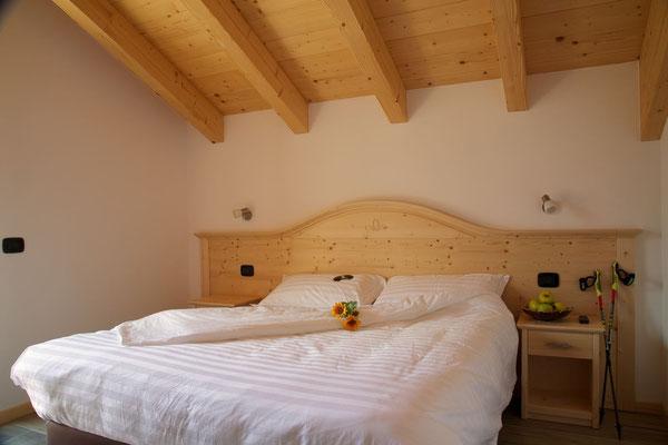 Camera matrimoniale standard, Abete Rosso, Val di Rabbi, Foto: M. Corradini