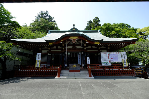 大歳御祖(おおとしみおや)神社拝殿。