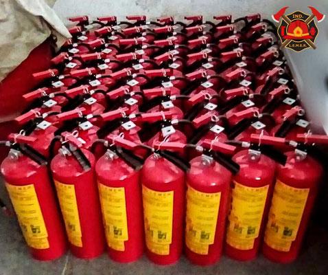 Extintores de polvo químico seco 6Kg.