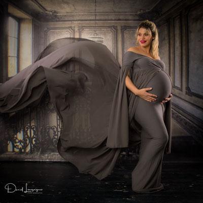 Shooting  avec robe de grossesse anthracite - studio oise, val d'oise