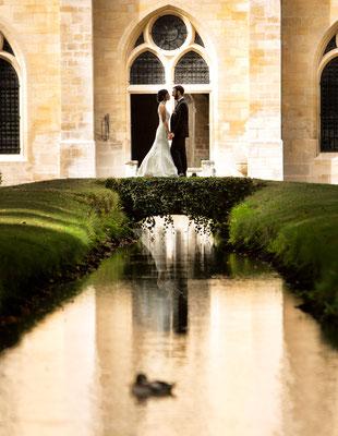 photo de couple de mariés - abbaye de royaumont - oise et val d'oise