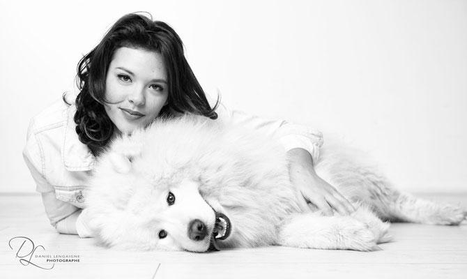 ; séance photo portrait studio ; portrait femme ; portrait noir et blanc ; portrait oise ;  portrait picardie ; séance photo animal de compagnie