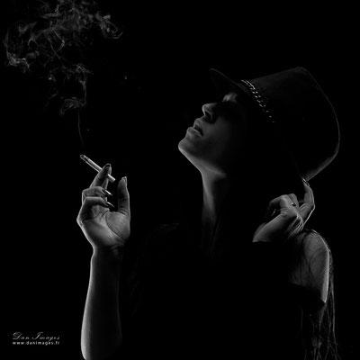 ; séance photo portrait studio ; portrait femme ; portrait noir et blancportrait oise ;  portrait picardie