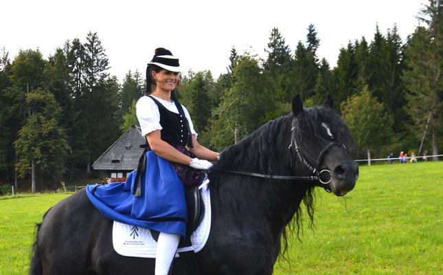 Rossfest 2019 mit Karina Kuri