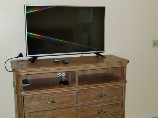 Flatscreen TV & DVD multicode