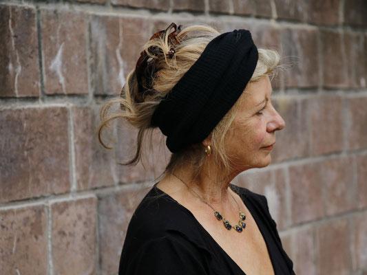 Handgemachtes Bio Kopftuch Schwarz Damen Frauen Schwarz Bio Baumwolle / Handmade Organic Headscarf Black Ladies Women Black Organic Cotton / Kopftuch Bio-Musselin Frauen / Headgear Organic Double Gauze Women