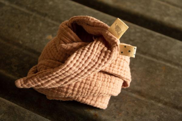 Unser handgemachtes Musselin Kopftuch für Frauen und Kinder in Staubrosa / Our Handmade Double Gauze Headscarf for Women and Kids in Dusty Pink / Musselin-Kopftuch Rosa / Muslin Headscarf Pink / Kopftuch Damen Frauen Erwachsene Kinder Mädchen