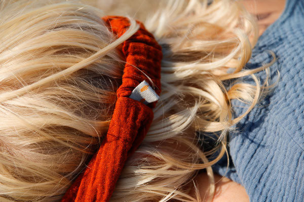 Unser handgemachtes Bio Musselin-Haarband in Rostrot / Our Handmade Organic Double Gauze Bandana in Rust Red  / Bio Musselin Haarband Rot / Double Gauze Bandana Red / Musselin-Stirnband Rost / Organic Double Gauze Headband Rust / Haarband Damen Frauen