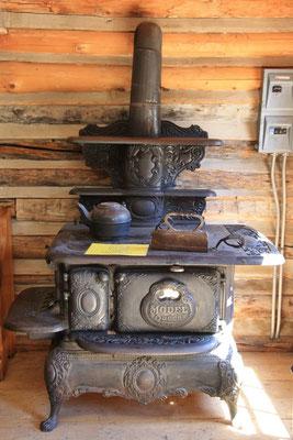 Allerlei Hilfsgeräte aus alter Zeit