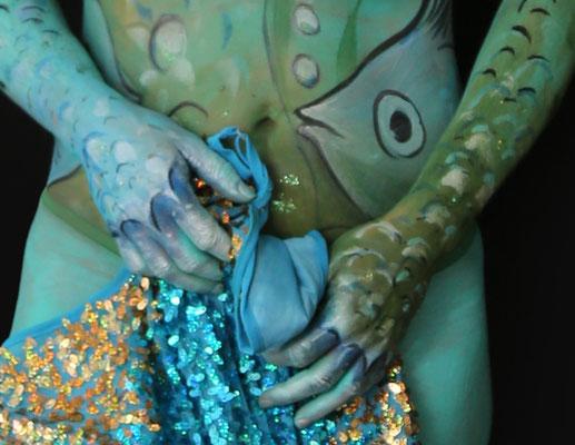Foto (Ausschnitt): Frank Koppen, Bodypainting Nixe