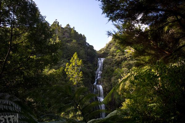 Piha, Kitekite Falls