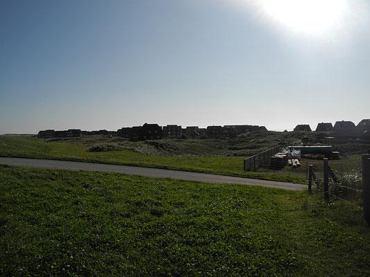 Blick über die Insel - auf der anderen Seite glitzert schon wieder mehr Meer.