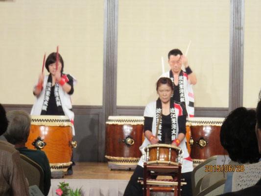 琵琶湖龍神太鼓の演奏