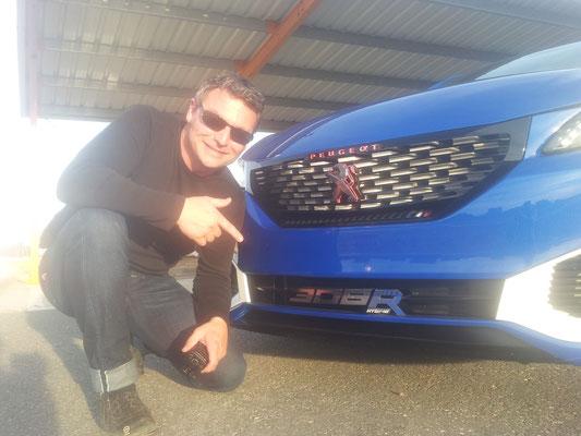 Uwe Mansshardt / Peugeot 308R Hybrid Concept
