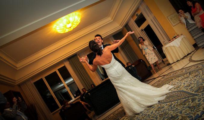 MCWED Foto e Video Fotografo Matrimonio Terme di Pigna ballo sposi
