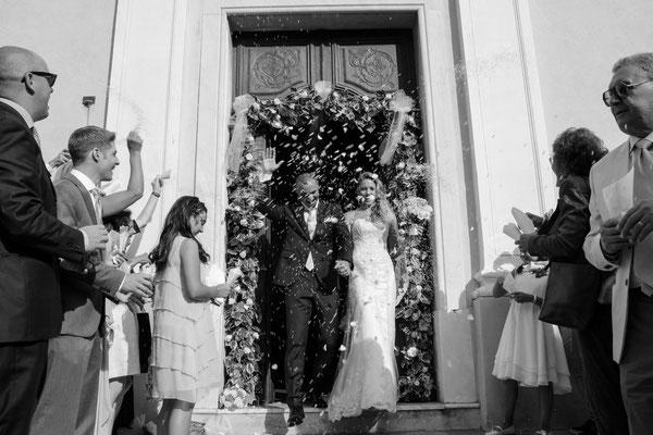 MCWED Foto e Video Fotografo Matrimonio Ospedaletti uscita Chiesa