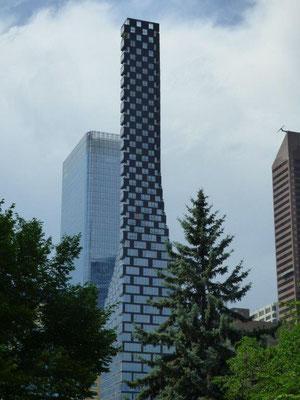 TELUS Sky, Calgary. Copyright: J. Louis Baillargeon