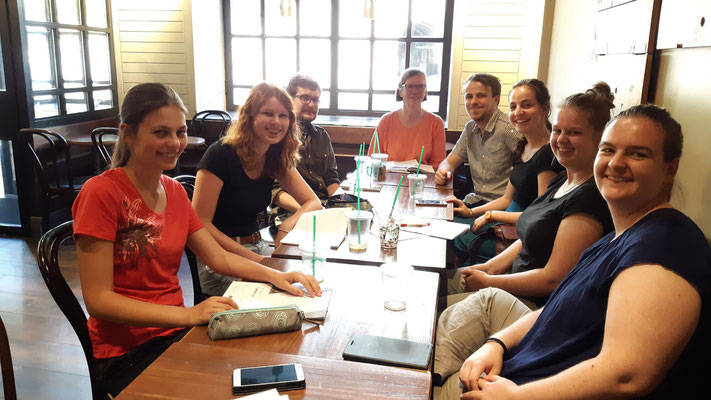 Oxford interns 18.7.2018: Anne Vermeirssen (2018), Anny Schaerer (2018), Dominik Sievi (2015), Britta Biedermann, Pascal Pfister (2015), Olivia Pirolt (2016), Dorit Bosshard (2018), Kerstin Schneider (2017), fotographer/instagramer: Alexa Strahm (2018)