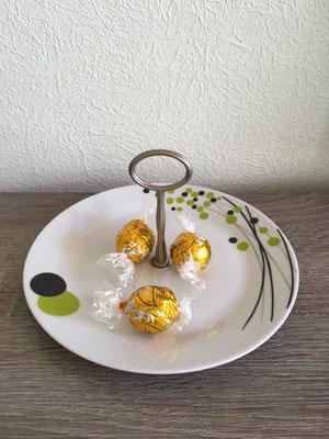 Nr. 545   sFr. 14.- Dessertteller mit Griff   Höhe ca 8cm