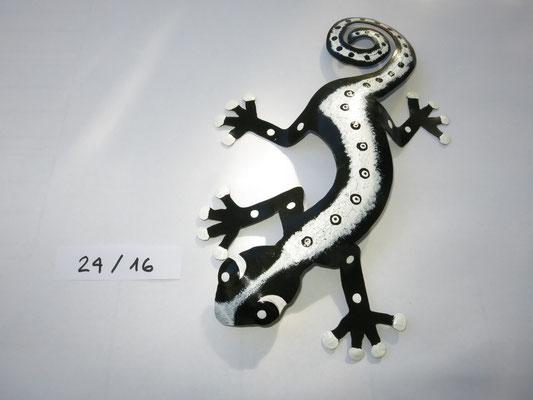 Gecko klein  sFr. 39.-  Nr. 24 bereits verkauft! Bei Wunsch wird er neu gemalt.