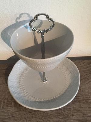 Nr. 315      sFr.  27.-   (Dessertteller und Müäslischale)   Höhe ca. 24cm