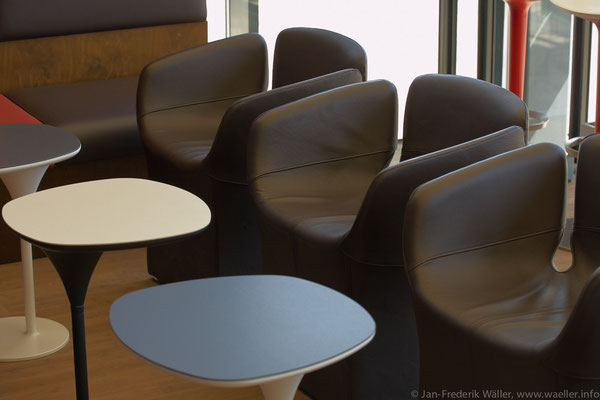 Loungebereich Obergeschoss; Foto: Jan-Frederik Wäller