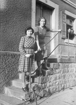 Hildegard Glasstetter und Vera Jörger geborene Bullinger