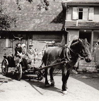 Susie Laible - Gretel +Pius Hornung-Kinder Margarete - Lucia - Agnes - Hedwig Grässer - Pferd Fritz