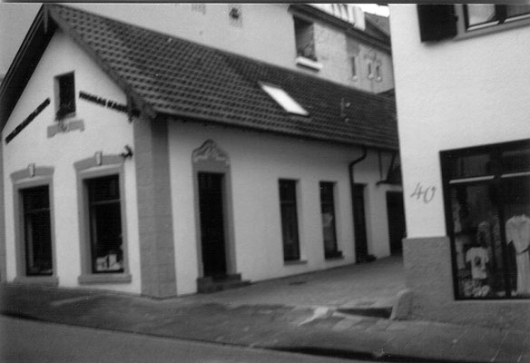 Hauptstraße 42, ehemalige Metzgerei Hitscherich bis 1953 Laden Pister