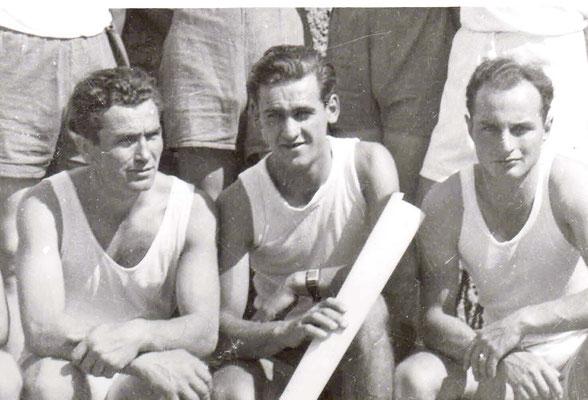 Wilhelm Deck, ?????, Eugen Kühn, wer ist der Mann in der Mitte.