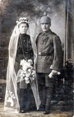 8.3.1917 Weishaupt Emma, geb. Heinrich & Hermann