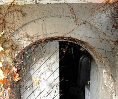 Kellerabgang Schlussstein 1826