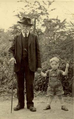 Lorenz Wipfler mit Urenkel Edgar, 1954