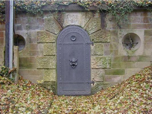 Eingangstür von 1902