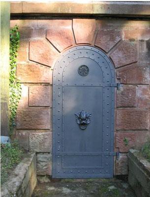 Eingangstüre zum Hochbehälter II
