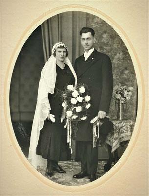 14.2.1933 Heirat in Malsch. Eugen Kunz 22.11.1902 - 20.2.1974 und Johanna, geb. Neukert 8.4.1905 - 30.9.1948