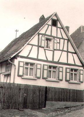 Bechler Berthold, Rosenstraße 11