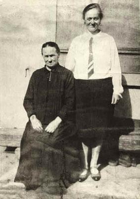 Karolina Wipfler mit Tochter Rosa, 1960