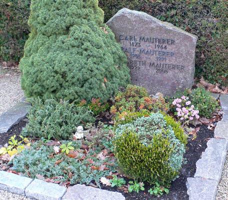 Familiengrab Mauterer in Ötigheim, Carl 1873-1964, Ralf 1906-1991, Elisabeth 1922-2005