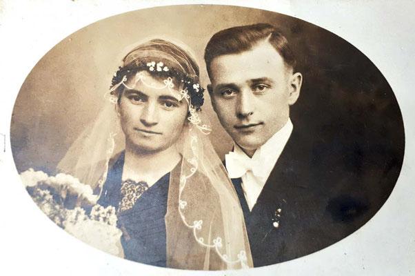 7.5.1929 Karl Hirth 29.10.1901 - 07.07.1944 und Veronika geb Zimmer 19.8.1908 - 13.7.1994