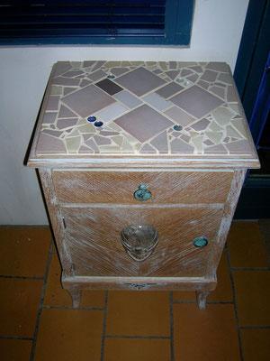 restauriertes Möbeli *
