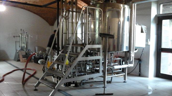 è quasi ora di trasferire il mosto di birra nel tino di fermentazione