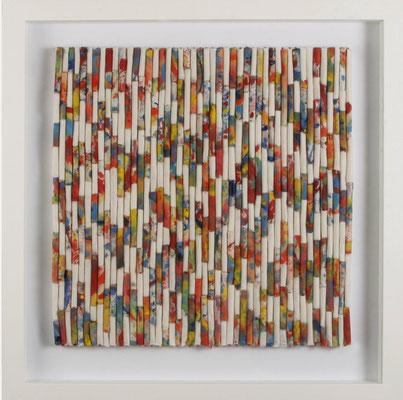 Christa Schmid - Ehrlinger, o.T. bunt, 2015 , Seidenpapier, Acryl, Papierwolle  auf Holzplatte , 54 x 54 cm