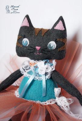 текстильная кошка. Авторская игрушка Маслик Ольги