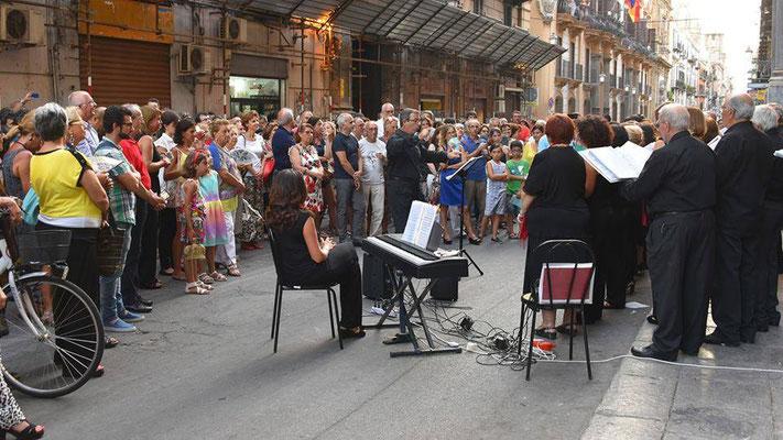 Canti su Strada