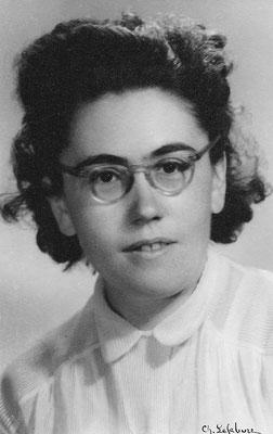Marie LE BAILL (1918-2009) vers 1942