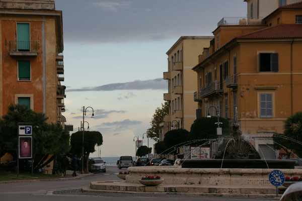 Der Himmel über Terracina lässt Hoffnung aufkeimen.