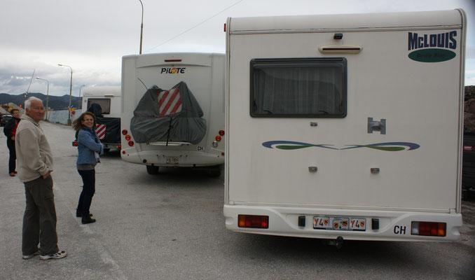 Die drei wollen nach Kreta