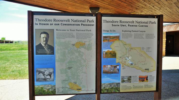 Theodor Roosevelt Nationalpark Tafel beim Visitorcenter das geschlossen ist