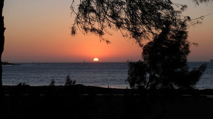 ........während wir den Sonnenuntergang beobachten
